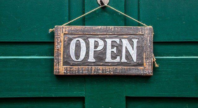 Ανοικτά καταστήματα Αρτέμιδα
